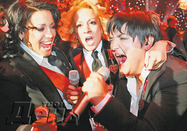 Сербская певица Мария Шерифович начала отмечать победу уже за несколько минут до объявления последних результатов